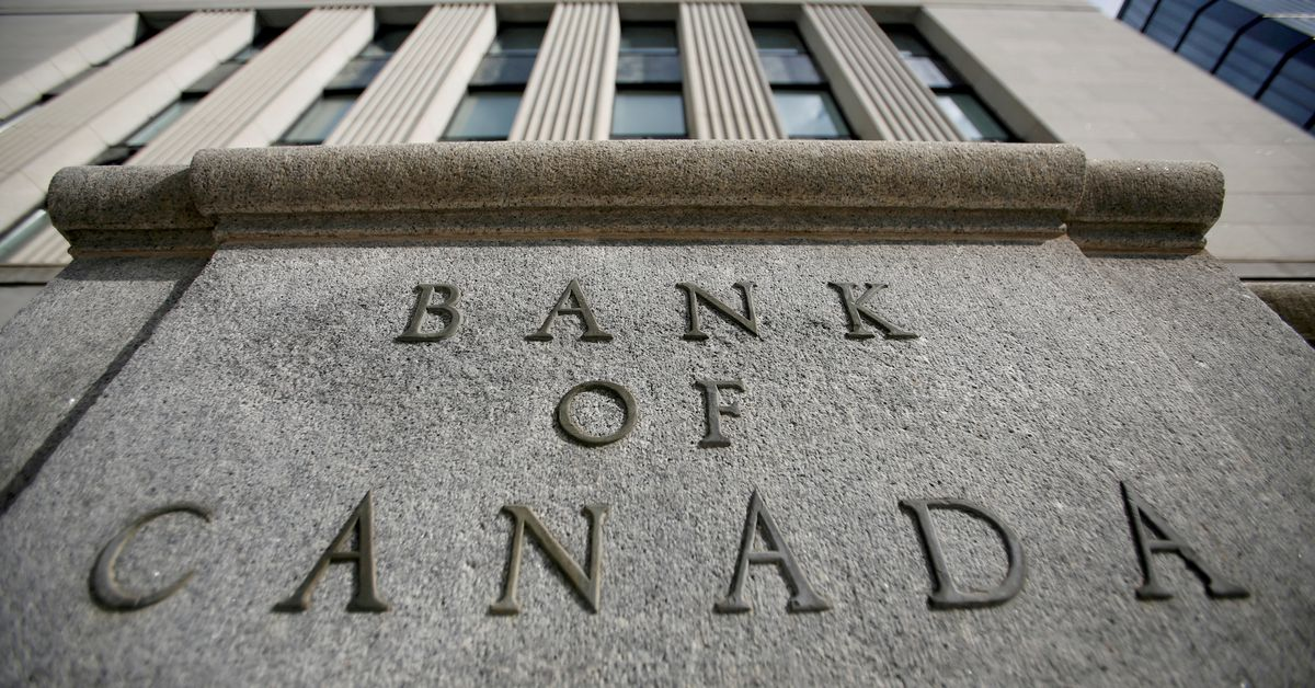 Bank of Canada seeing signs of cooling in hot housing market